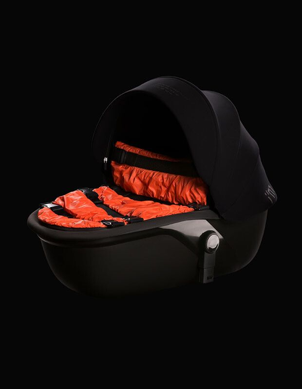 Footcover for carrycot